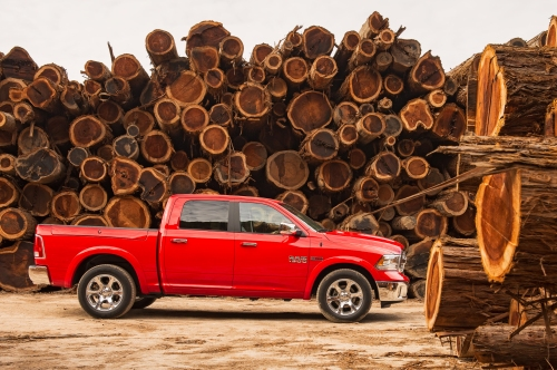 2014-ram-1500-ecodiesel-side-view